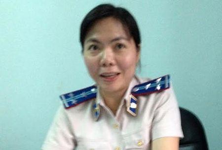 Giam doc ngan hang to cao chap hanh vien khong chiu thi hanh an - Anh 1