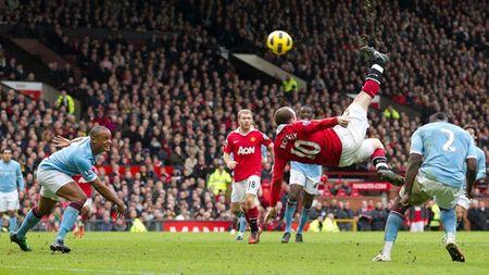 Neu la fan cua Rooney, dung cau co va hay mim cuoi - Anh 2