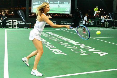 Sharapova va dan nguoi dep banh ni hao huc du WTA Finals - Anh 9