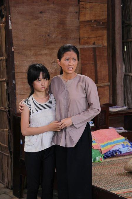 Tao hinh xau xi cua Thuy Trang trong phim moi - Anh 1