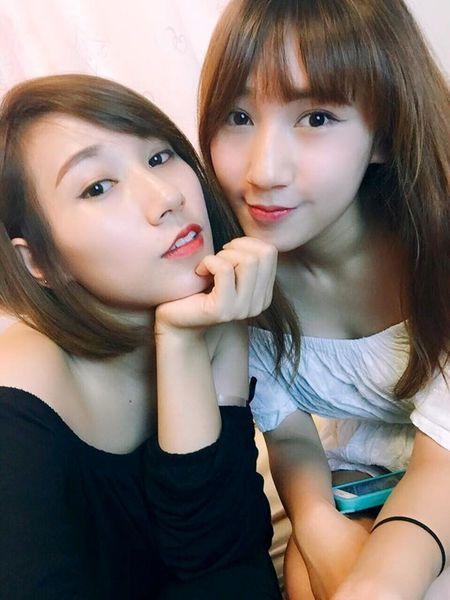 Cap song sinh 9X xinh dep mo sieu thi do Viet tai Nhat - Anh 4