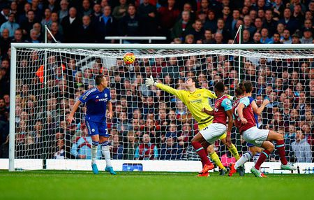 Chelsea thua West Ham 1-2 trong the tran mat nguoi - Anh 1