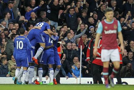 Chelsea thua West Ham 1-2 trong the tran mat nguoi - Anh 2