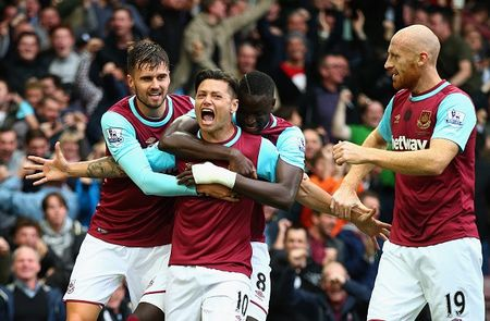 Chelsea thua West Ham 1-2 trong the tran mat nguoi - Anh 9