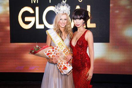 Ha Anh rang ro dem chung ket Miss Global 2015 - Anh 6