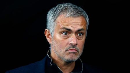 "Mourinho ""mang nhu tat nuoc"" voi phong vien - Anh 1"