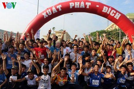 Hon 2.100 VDV tham du Hoi thao Sinh vien TP HCM lan thu 3 - Anh 1