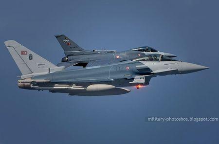 Mo xe tiem kich F-16 TNK ban ha may bay Su-24 Nga - Anh 7
