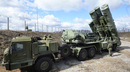 Nga trien khai he thong phong thu ten lua S-400 toi Syria - Anh 1