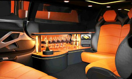10 xe Limousine doc dao nhat tren the gioi - Anh 9