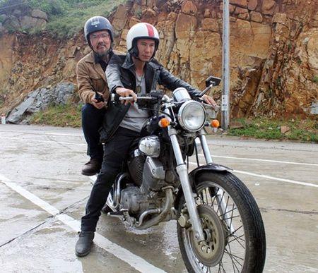 Ly Hai suyt mat mang tren phim truong - Anh 1