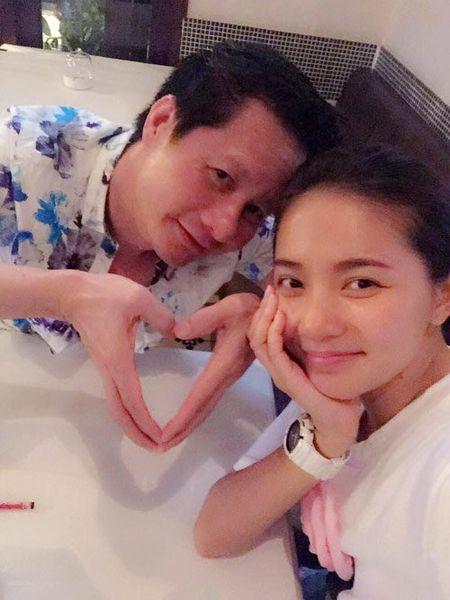 """Facebook sao 26/11: Phan Nhu Thao """"dim hang"""" ong xa - Anh 2"""