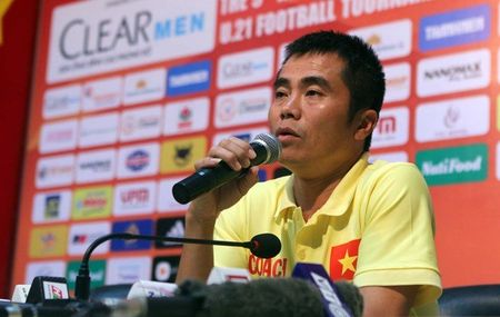 HLV Pham Minh Duc cua U21 Viet Nam: Con ga tuc nhau tieng gay - Anh 1