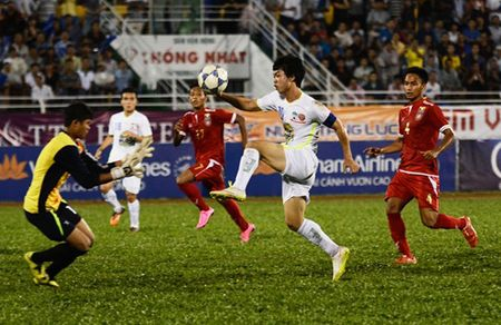 18h00 ngay 26/11, U21 Viet Nam vs U21 HAGL: Doi manh hon se thang - Anh 2