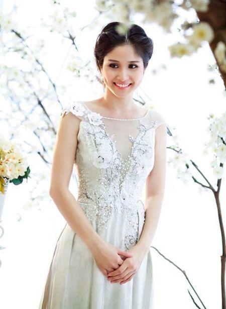 """Hanh trinh hoa than tu """"vit"""" thanh """"thien nga"""" cua ba xa vua ly hon Thanh Binh - Anh 14"""