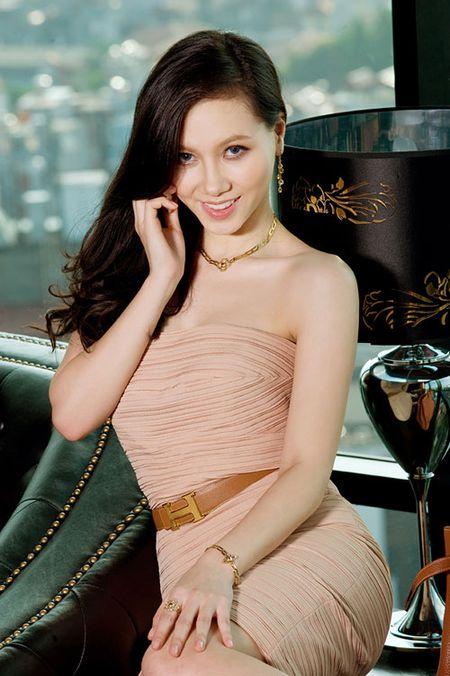 "Top sao Viet dinh scandal ""phim gia tinh that"" voi ban dien - Anh 1"