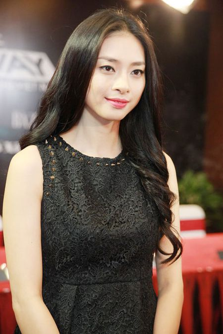 "Top sao Viet dinh scandal ""phim gia tinh that"" voi ban dien - Anh 3"