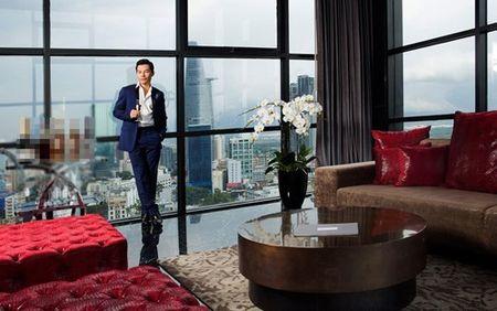 Ben trong can penthouse pha le dat nhat nhi SG cua Tran Bao Son - Anh 2