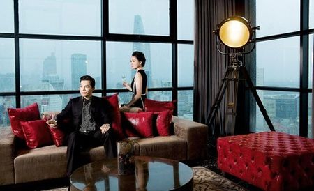 Ben trong can penthouse pha le dat nhat nhi SG cua Tran Bao Son - Anh 8