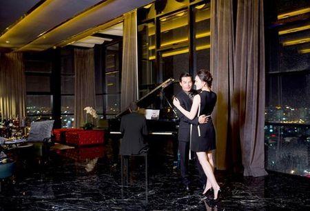 Ben trong can penthouse pha le dat nhat nhi SG cua Tran Bao Son - Anh 9