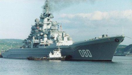Tuan duong ham Nakhimov Nga se so huu ca S-300 va S-400 - Anh 1