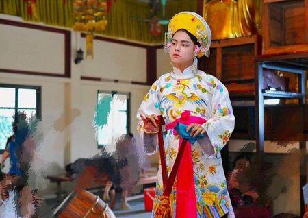 Cau dong 9X dep trai, thanh tu nhu hot boy Han Quoc - Anh 1