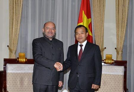 Lanh dao Bo Ngoai giao tiep Dai su Angola va Seychelles - Anh 2