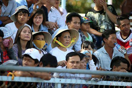 Giai dua xe may VDQG 2015 (Vong 4): Nguyen Quang Khai lo co hoi dang quang - Anh 1