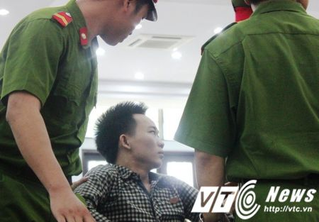 Ngay chao doi dang thuong cua be 5 thang tuoi co bo la tu tu - Anh 2