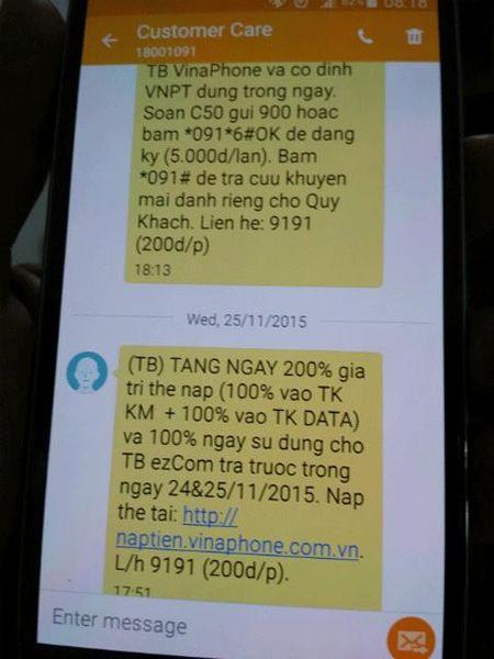Khach hang 'mac lom' voi khuyen mai 200% the cao cua Vinaphone - Anh 1