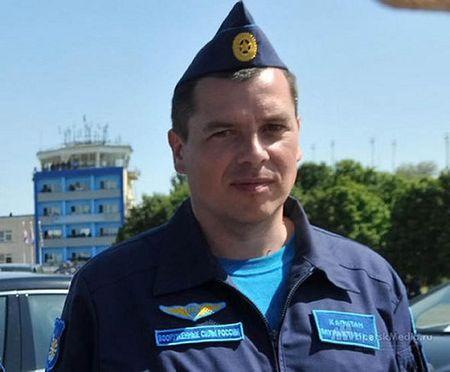 Su-24 bi ban ha: 12 gio tim duong song sot cua phi cong Nga - Anh 1
