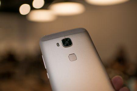 Tren tay Huawei G7 Plus/Huawei G8 - Anh 8