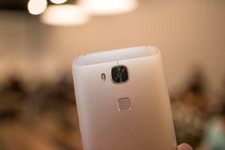 Tren tay Huawei G7 Plus/Huawei G8 - Anh 9