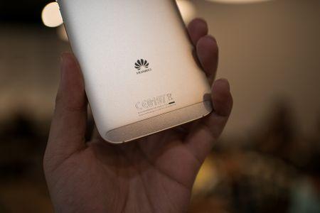Tren tay Huawei G7 Plus/Huawei G8 - Anh 10