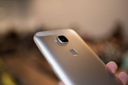Tren tay Huawei G7 Plus/Huawei G8 - Anh 12