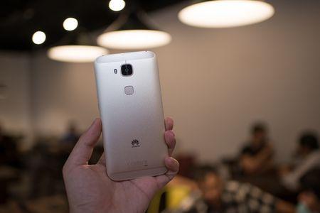 Tren tay Huawei G7 Plus/Huawei G8 - Anh 7