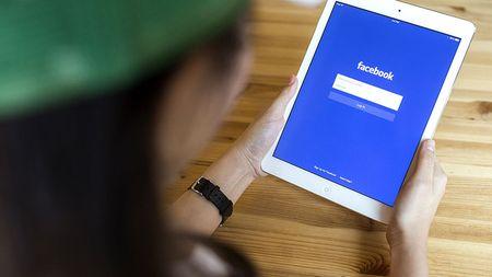 Facebook them tinh nang xoa diu ton thuong hau chia tay - Anh 1