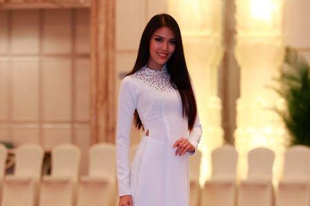 Lan Khue noi bat giua dan nguoi dep tai Miss World - Anh 1