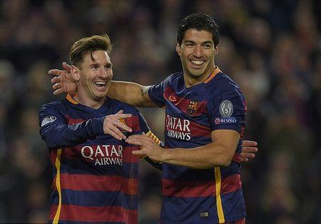 Messi, Suarez dan ban gai an mung chien cong - Anh 3
