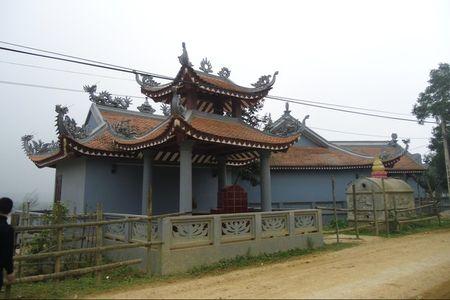 "Truy tim su that chuyen bi ""qua bao"" vi xam pham den thieng - Anh 1"