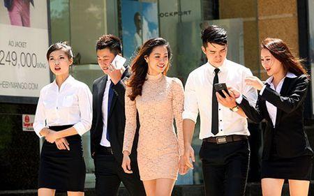 MobiFone giam 50% cuoc roaming cho khach tai 4 nuoc chau Au - Anh 1