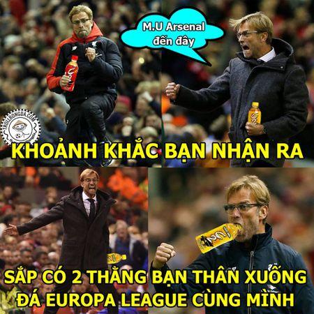 Anh che: Khi Klopp tang Van Gaal, Wenger nhung... chai C2 mat lanh - Anh 2