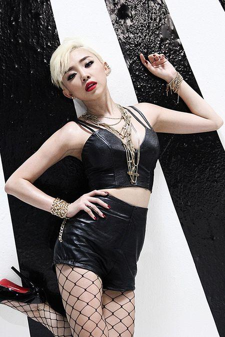 Ha Ho bi dan em Toc Tien, Son Tung deo bam kich liet tai Lan Song Xanh - Anh 10