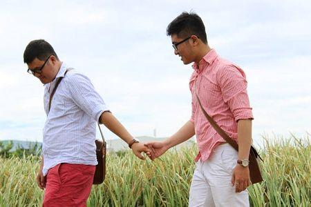 Ky thi khien HIV lay truyen nhanh trong cong dong dong tinh nam, chuyen gioi - Anh 1