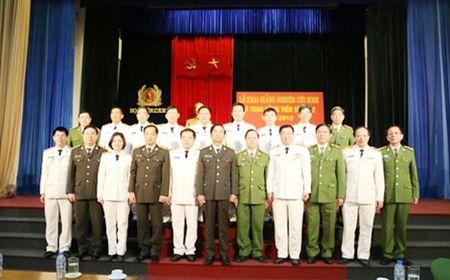Hoc vien CSND khai giang nghien cuu sinh va trao bang Tien si - Anh 3