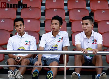 TRUC TIEP U21 VN – U21 HAGL: Danh mat loi the - Anh 8