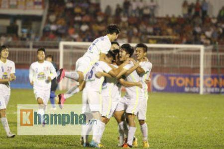 TRUC TIEP U21 VN – U21 HAGL: Danh mat loi the - Anh 2