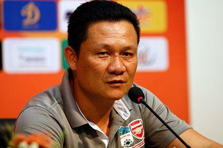 HLV U21 HAGL khen Cong Phuong, HLV U21 VN bo hop bao - Anh 1
