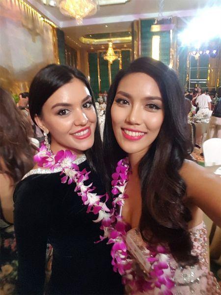 Lan Khue xuat hien noi bat nhung ngay dau o Miss World - Anh 8