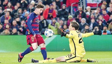 Messi tro lai, Roma dai bai - Anh 1